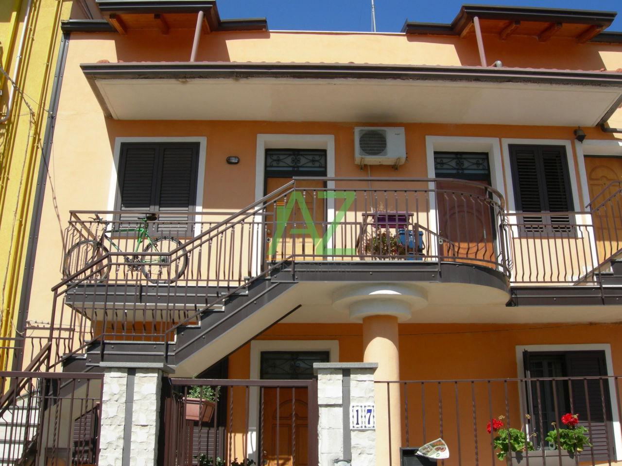 Appartamento in affitto a Belpasso, 2 locali, prezzo € 250 | Cambio Casa.it