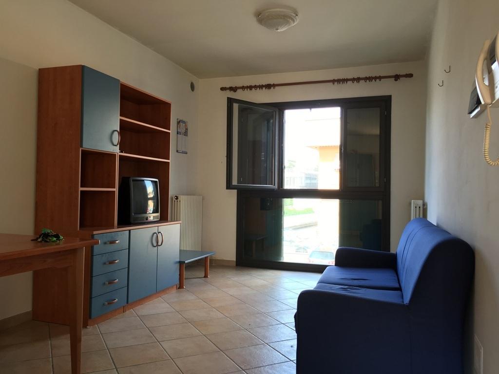 Appartamento in vendita a Collecchio, 3 locali, prezzo € 63.000 | Cambio Casa.it