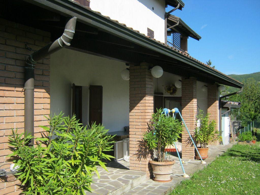 Soluzione Indipendente in vendita a Berceto, 5 locali, prezzo € 260.000 | Cambio Casa.it