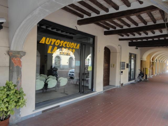 Negozio / Locale in affitto a San Secondo Parmense, 2 locali, prezzo € 550 | Cambio Casa.it
