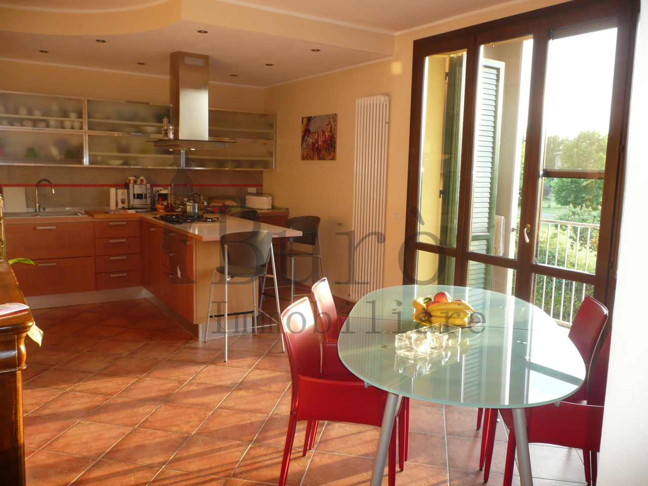 Appartamento in vendita a Traversetolo, 5 locali, prezzo € 300.000 | Cambio Casa.it