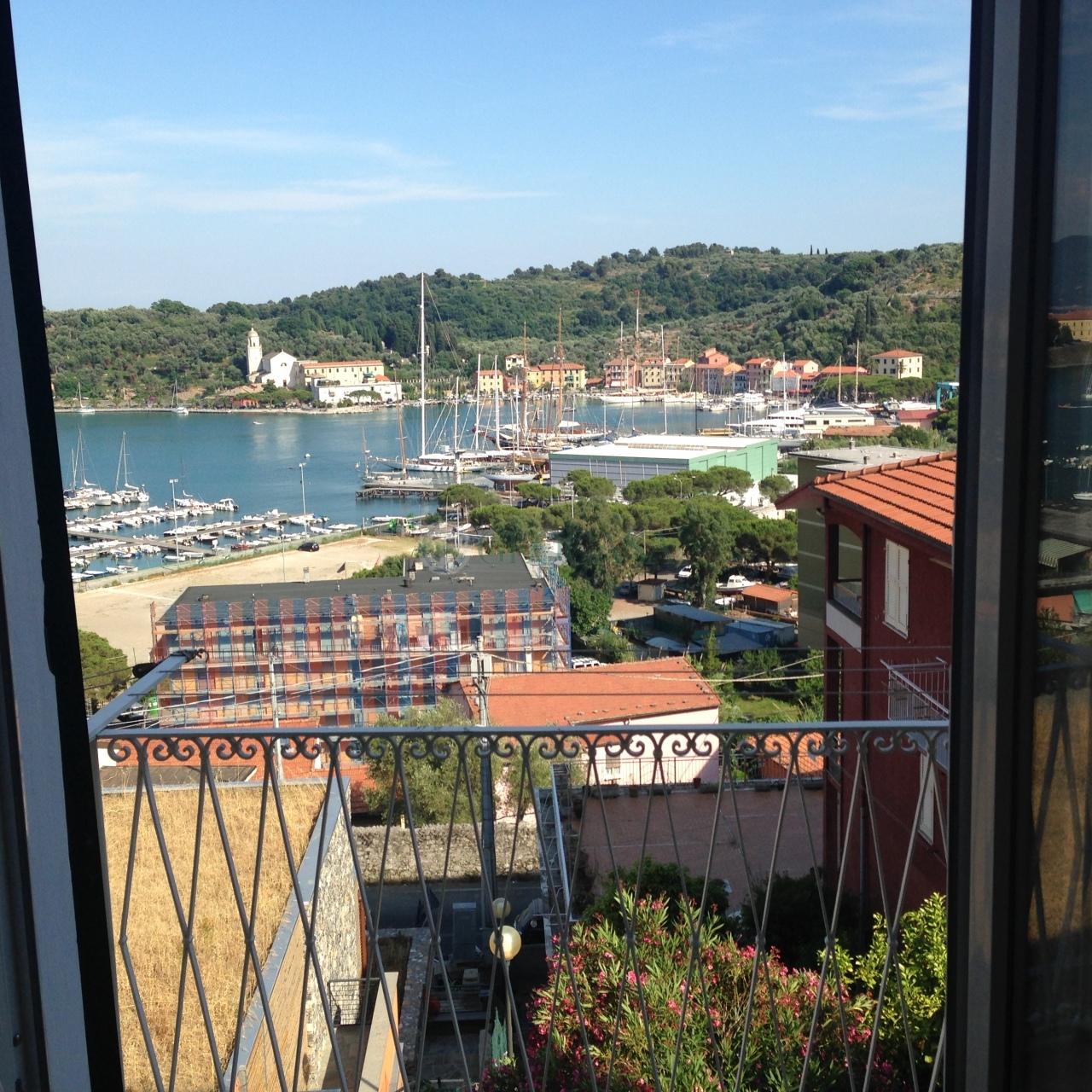Appartamento in vendita a Portovenere, 3 locali, prezzo € 200.000   Cambio Casa.it