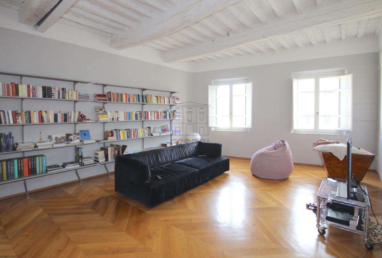 Appartamento Lucca Centro storico IA02936 img 2