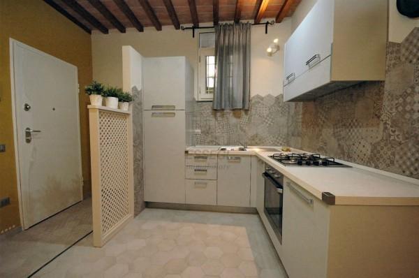 appartamento centro storico lucca ristrutturato (3