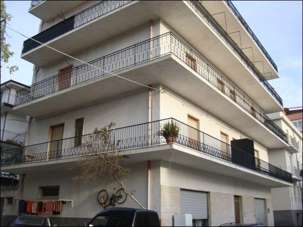 Appartamento in Vendita a Bova Marina