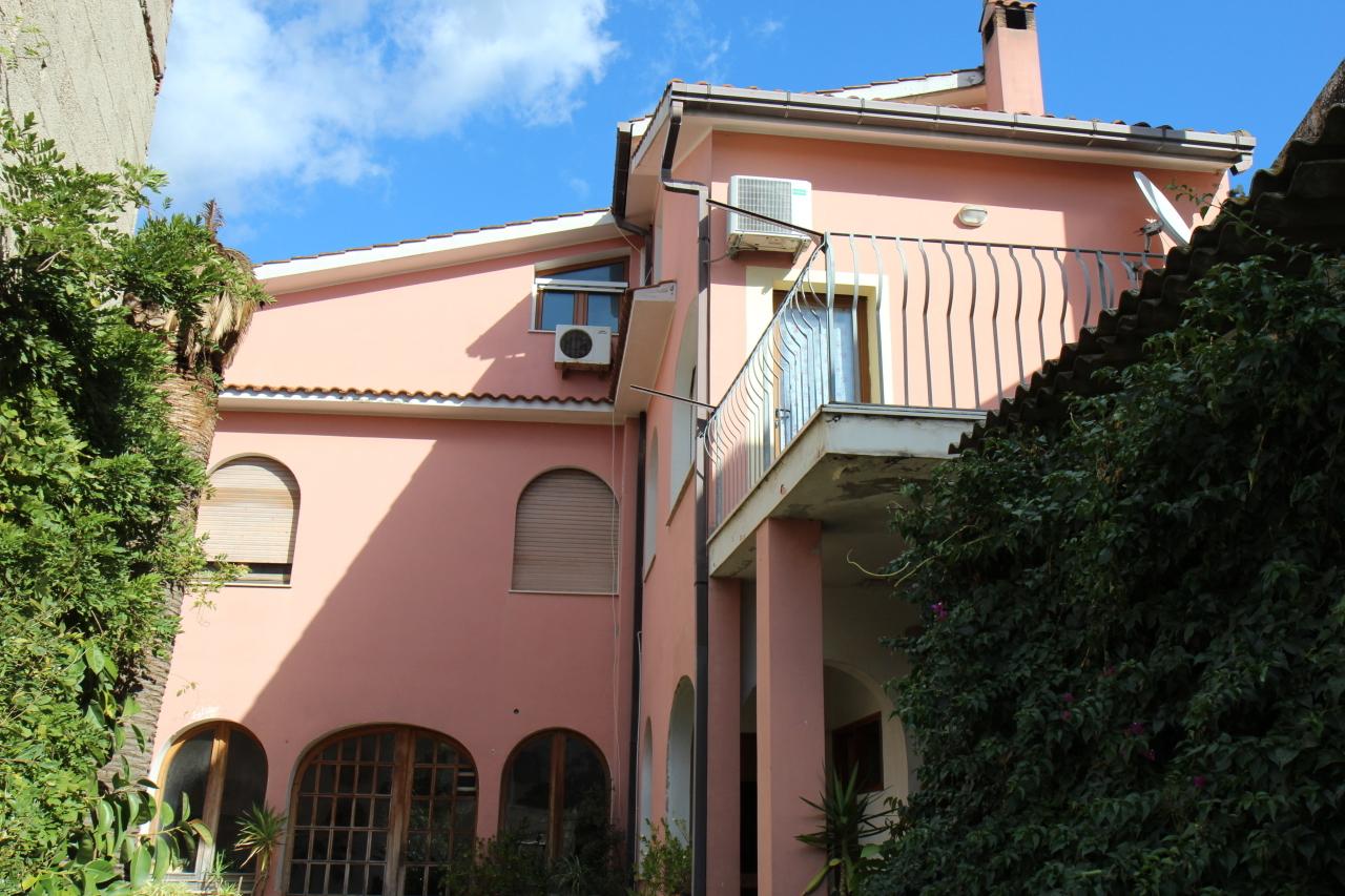 Soluzione Semindipendente in affitto a San Sperate, 5 locali, prezzo € 450 | CambioCasa.it