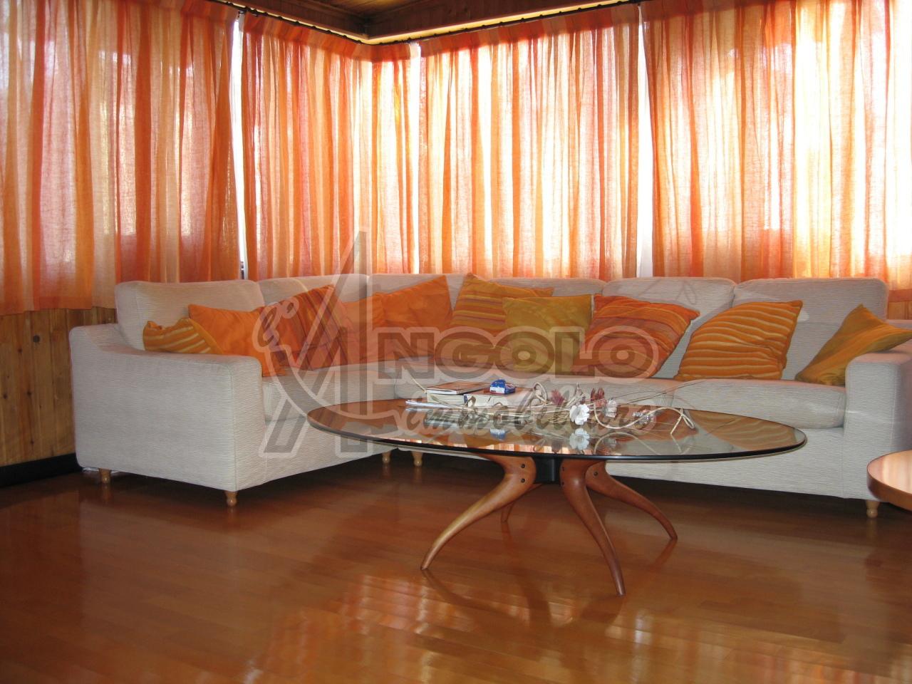 Soluzione Indipendente in affitto a Canaro, 7 locali, prezzo € 450 | Cambio Casa.it