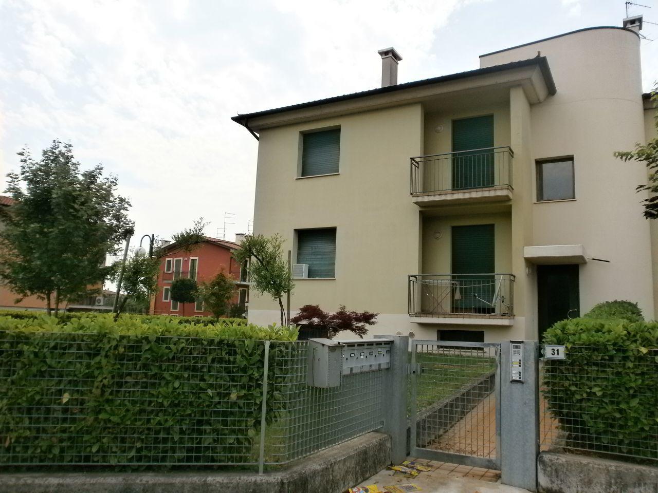 Appartamento in vendita a Sarego, 3 locali, prezzo € 75.000 | Cambio Casa.it