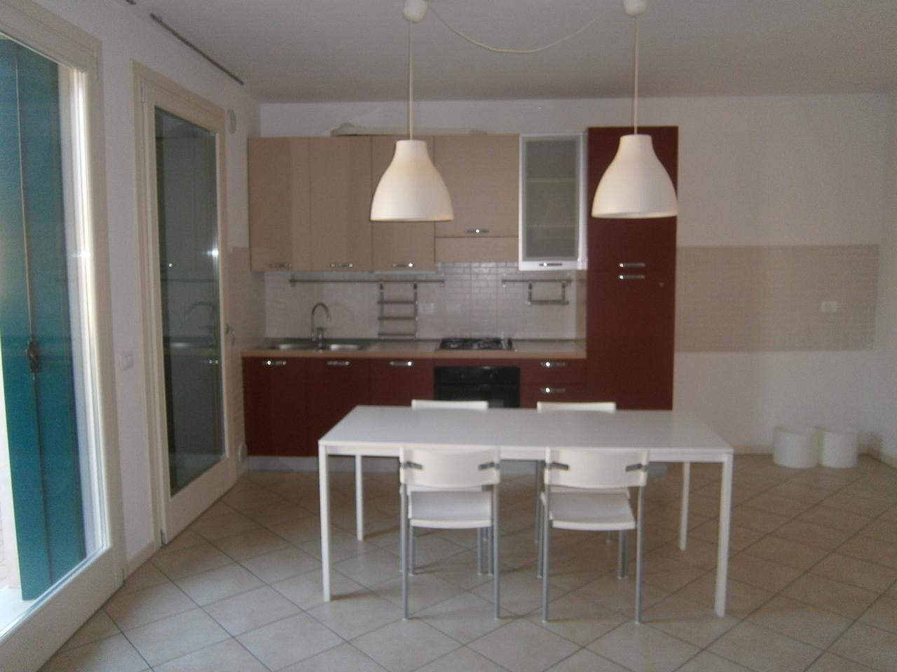 Appartamento in affitto a Montebello Vicentino, 6 locali, prezzo € 550 | Cambio Casa.it