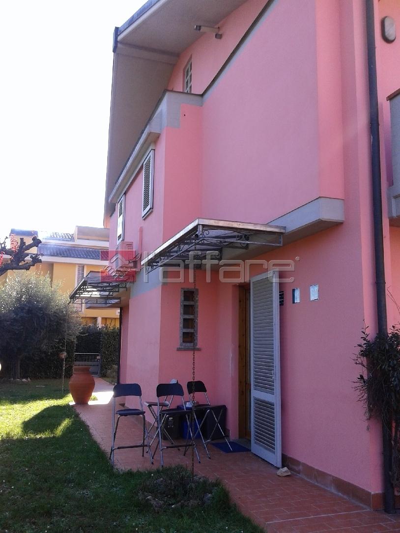 Villa a Schiera in Vendita a Santa Croce sull'Arno