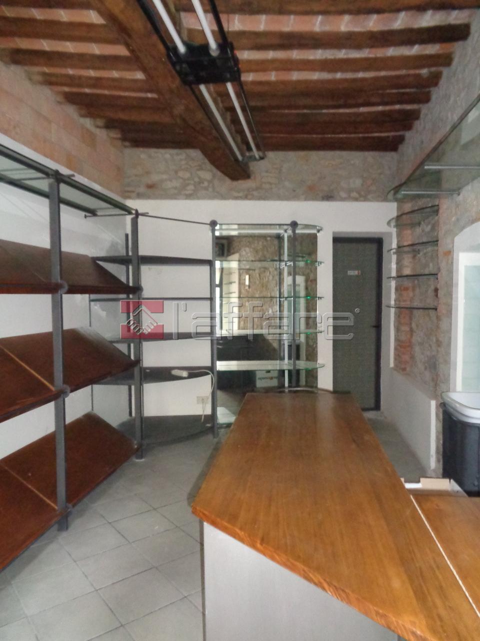 Negozio / Locale in affitto a Terricciola, 1 locali, prezzo € 250 | CambioCasa.it