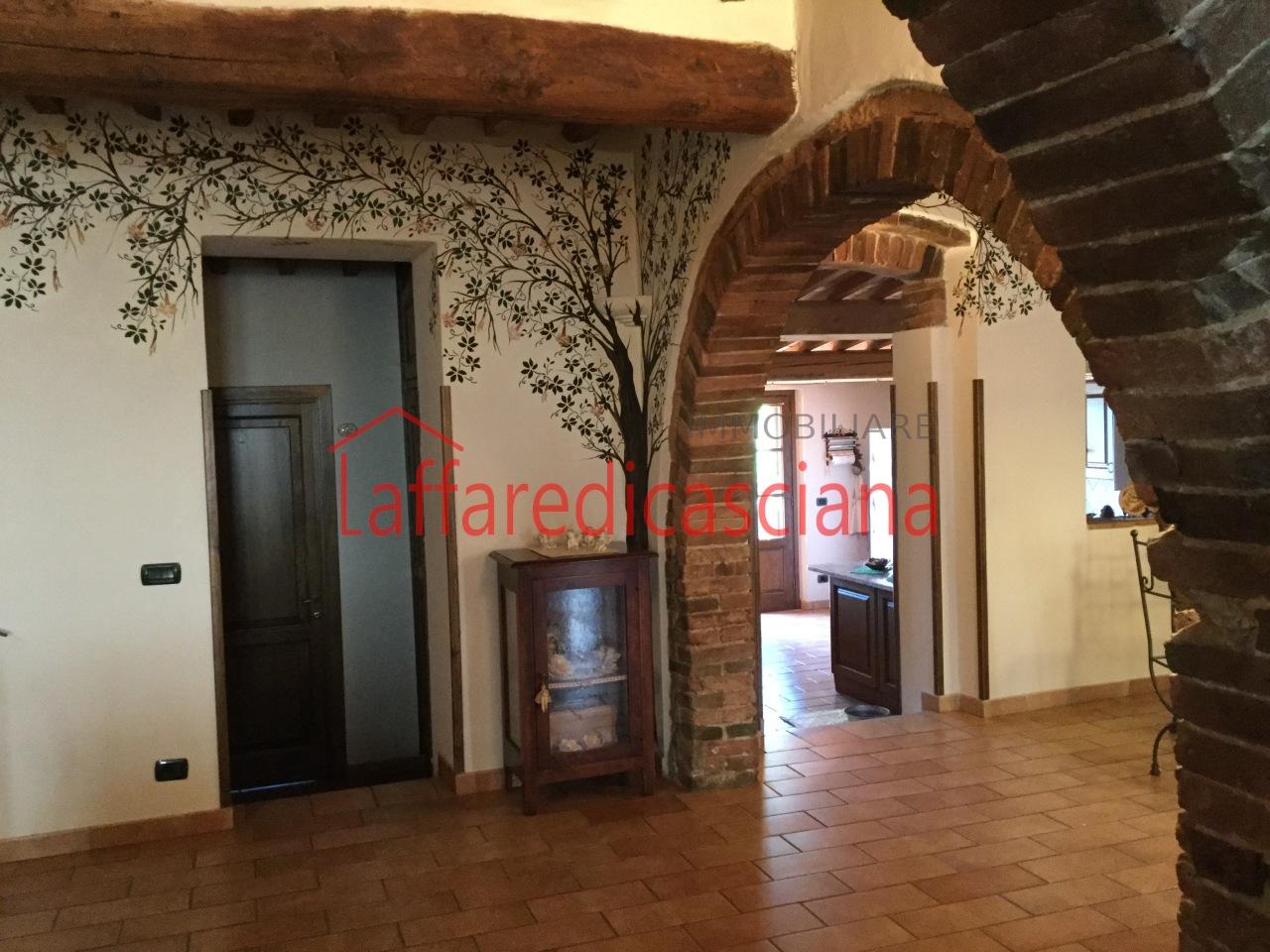 Appartamento in vendita a Crespina Lorenzana, 6 locali, prezzo € 190.000 | CambioCasa.it