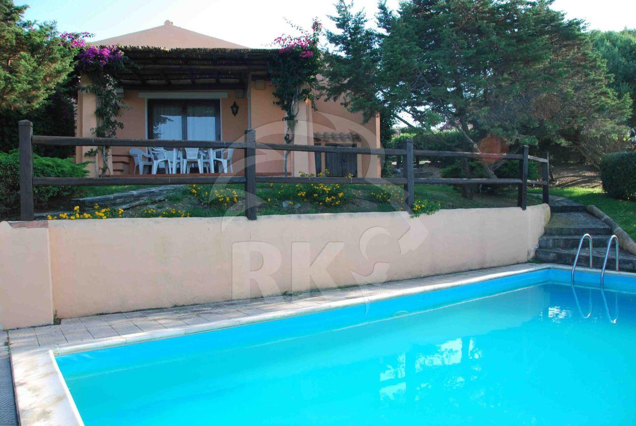 Villa in vendita a Stintino, 4 locali, prezzo € 310.000 | CambioCasa.it