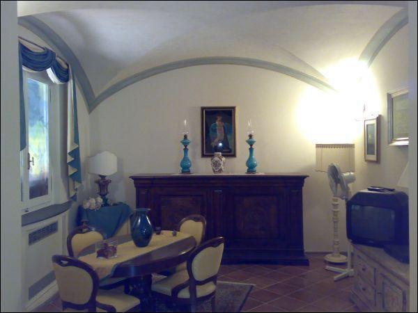 Villa in vendita a Montecatini-Terme, 13 locali, prezzo € 650.000 | Cambio Casa.it