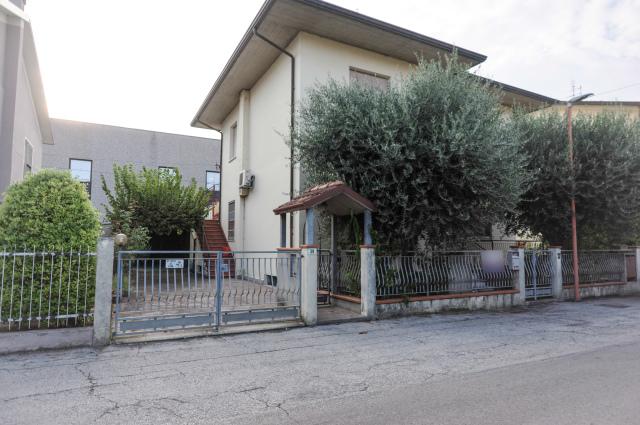 Vai alla scheda: Casa indipendente Vendita - Cesena (FC) - Codice -3277