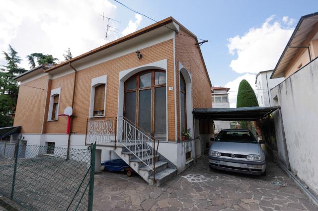 Vai alla scheda: Casa indipendente Vendita - Cesena (FC) - Codice -3118