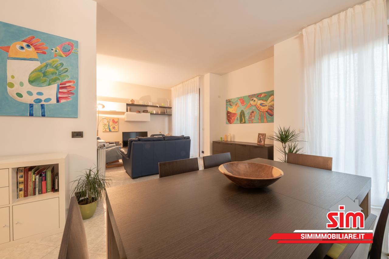 Appartamento, 108 Mq, Vendita - Novara (Novara)