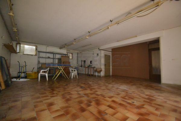 Magazzino in affitto a Valdagno, 9999 locali, prezzo € 200 | Cambio Casa.it