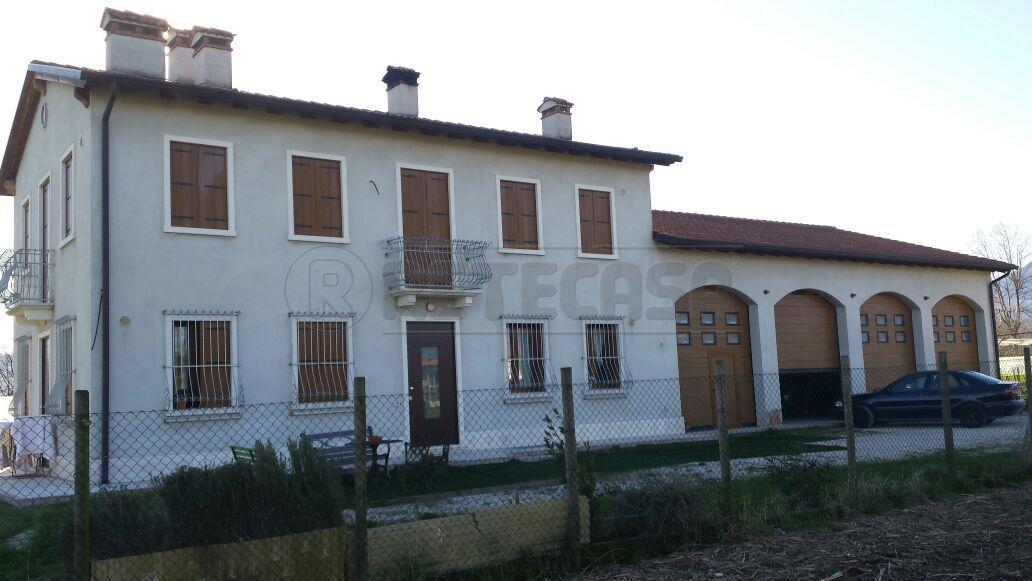 Soluzione Indipendente in vendita a Marano Vicentino, 10 locali, prezzo € 500.000 | Cambio Casa.it