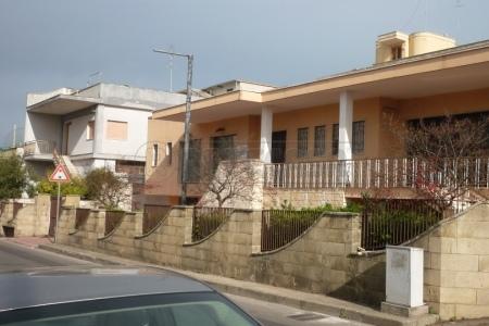 Negozio / Locale in vendita a Matino, 9999 locali, Trattative riservate | Cambio Casa.it