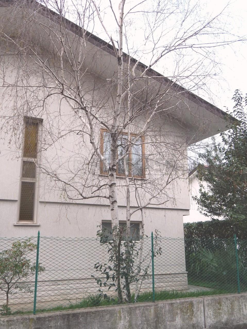 Villa in vendita a Monfalcone, 7 locali, prezzo € 240.000 | Cambio Casa.it