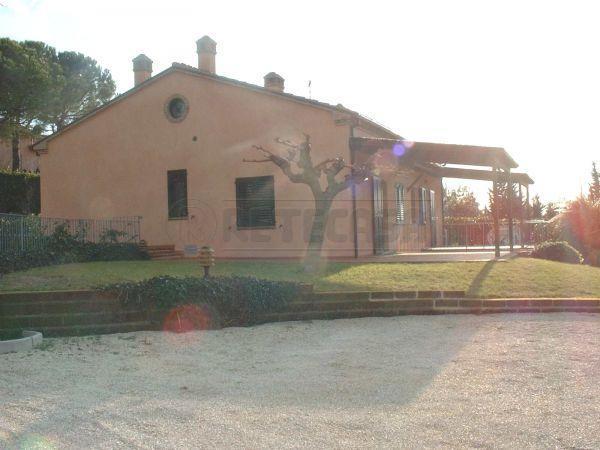 Soluzione Semindipendente in affitto a Sirolo, 4 locali, prezzo € 800 | Cambio Casa.it