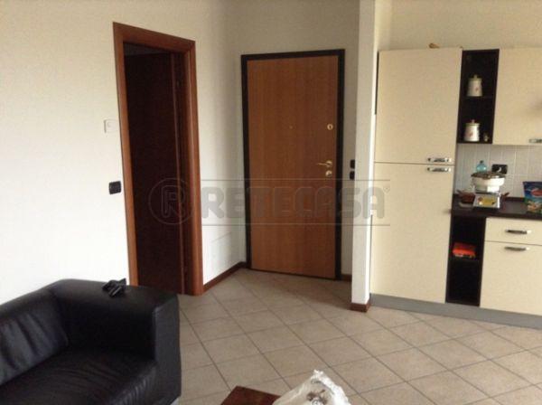Bilocale Castelbelforte Via Boselli 4