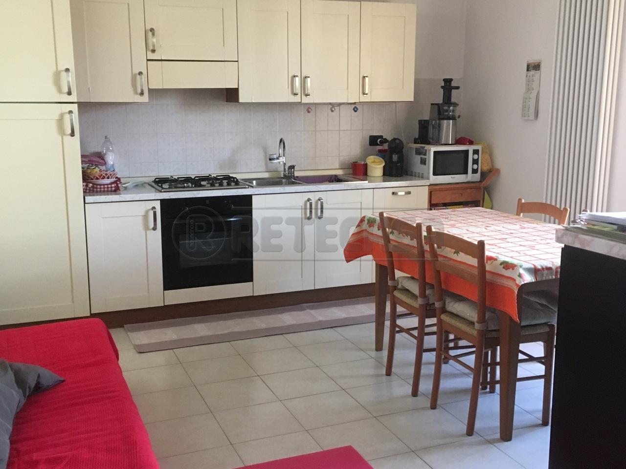 Appartamento in vendita a Loreggia, 9999 locali, prezzo € 75.000 | Cambio Casa.it