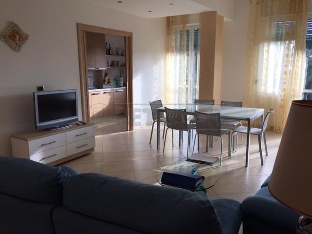 Appartamento in vendita a Spotorno, 4 locali, Trattative riservate   Cambio Casa.it