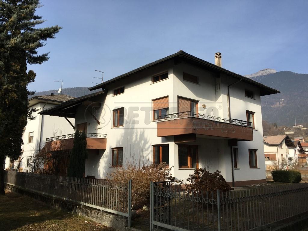 Villa in vendita a Lamon, 15 locali, prezzo € 260.000 | Cambio Casa.it