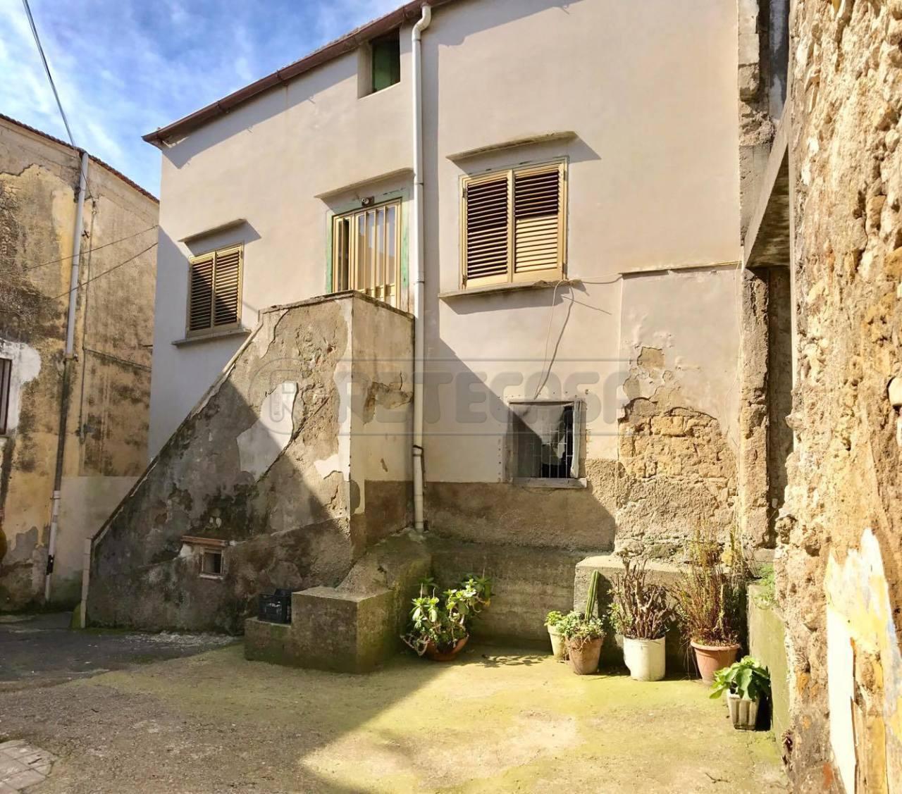 Altro in Vendita a Castel San Giorgio