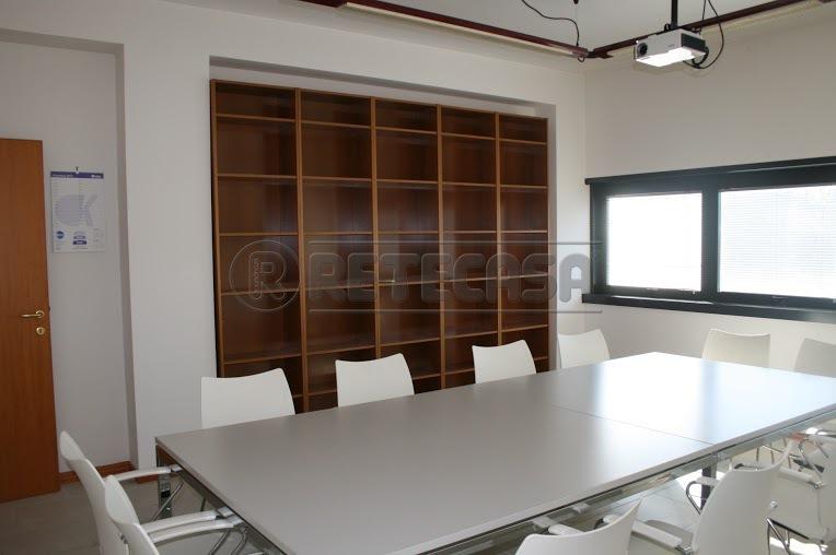 Ufficio / Studio in vendita a Ancona, 4 locali, Trattative riservate | Cambio Casa.it
