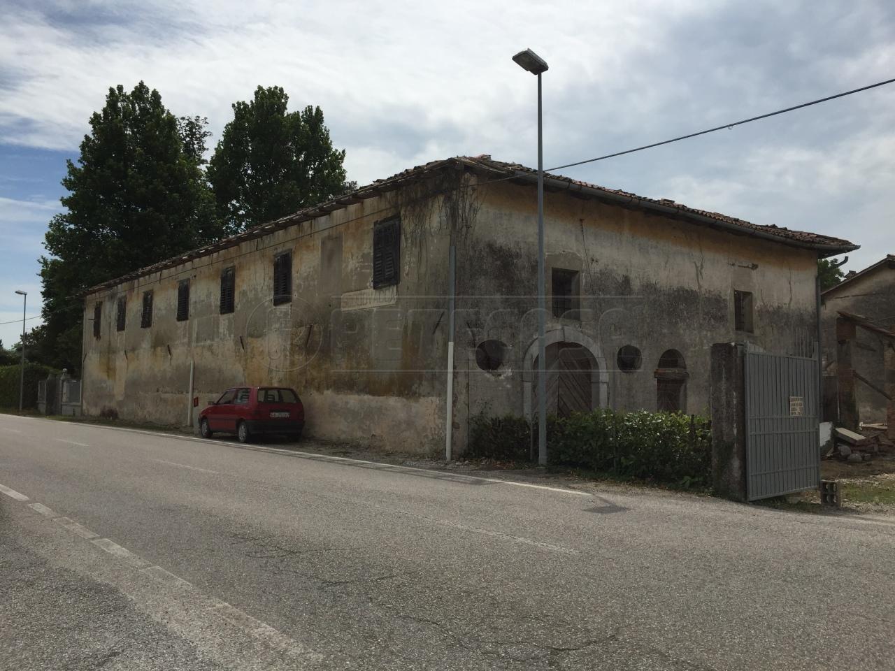 Rustico / Casale in Vendita a Cervignano del Friuli