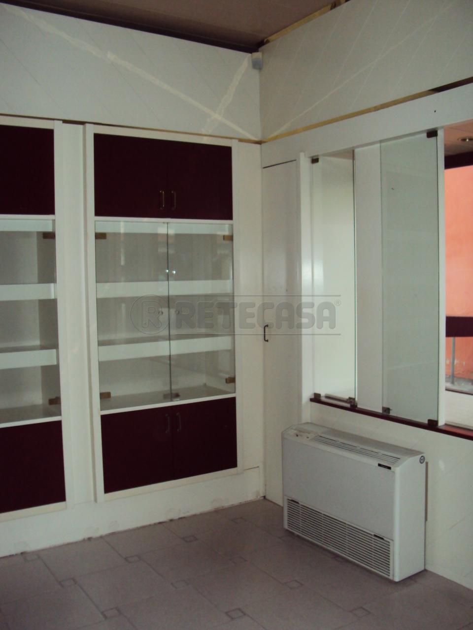 Negozio / Locale in affitto a San Giorgio delle Pertiche, 9999 locali, prezzo € 300 | Cambio Casa.it