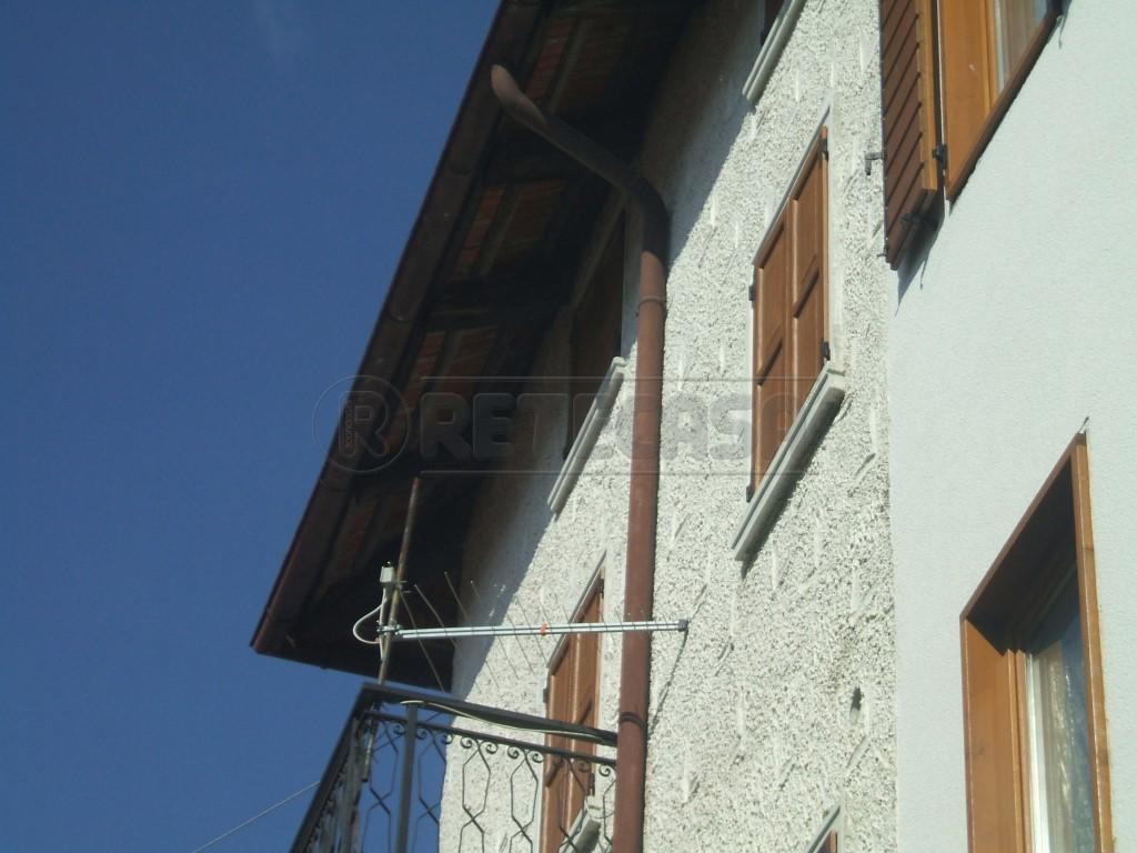 Soluzione Semindipendente in vendita a Lorenzago di Cadore, 4 locali, prezzo € 140.000 | Cambio Casa.it