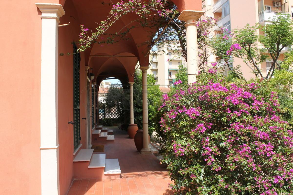Appartamento in vendita a Loano, 9999 locali, prezzo € 255.000 | Cambio Casa.it