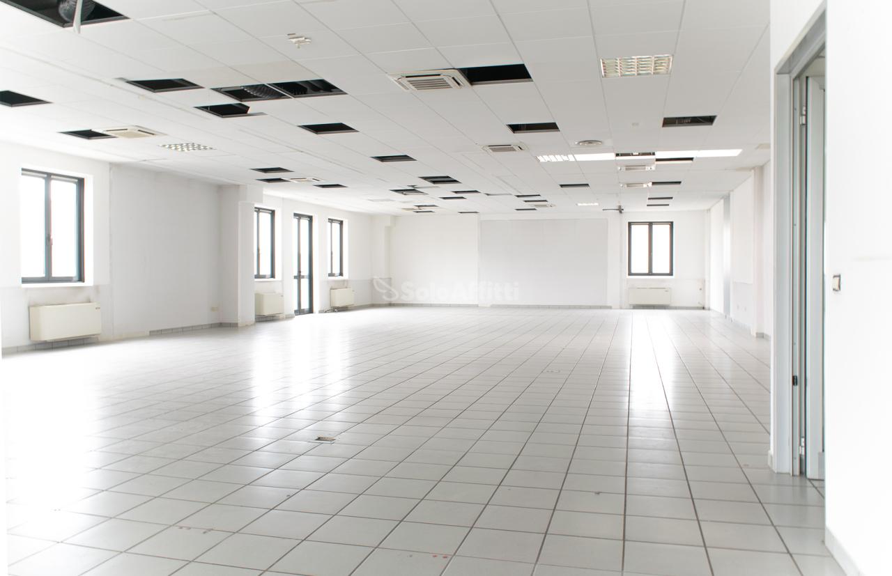Ufficio in affitto a Mariano Comense (CO)