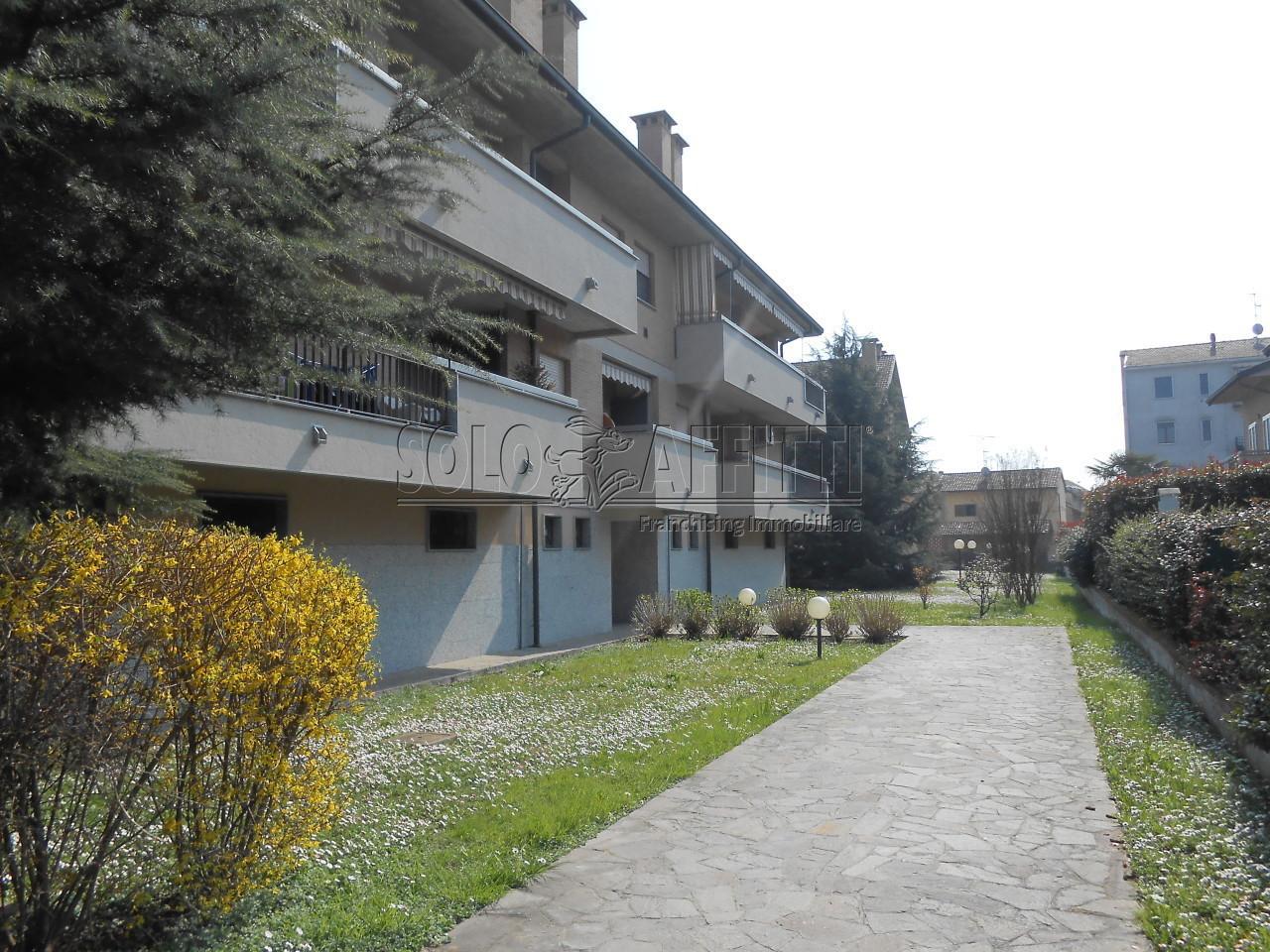 Bilocale Landriano Via Xxv Aprile 13