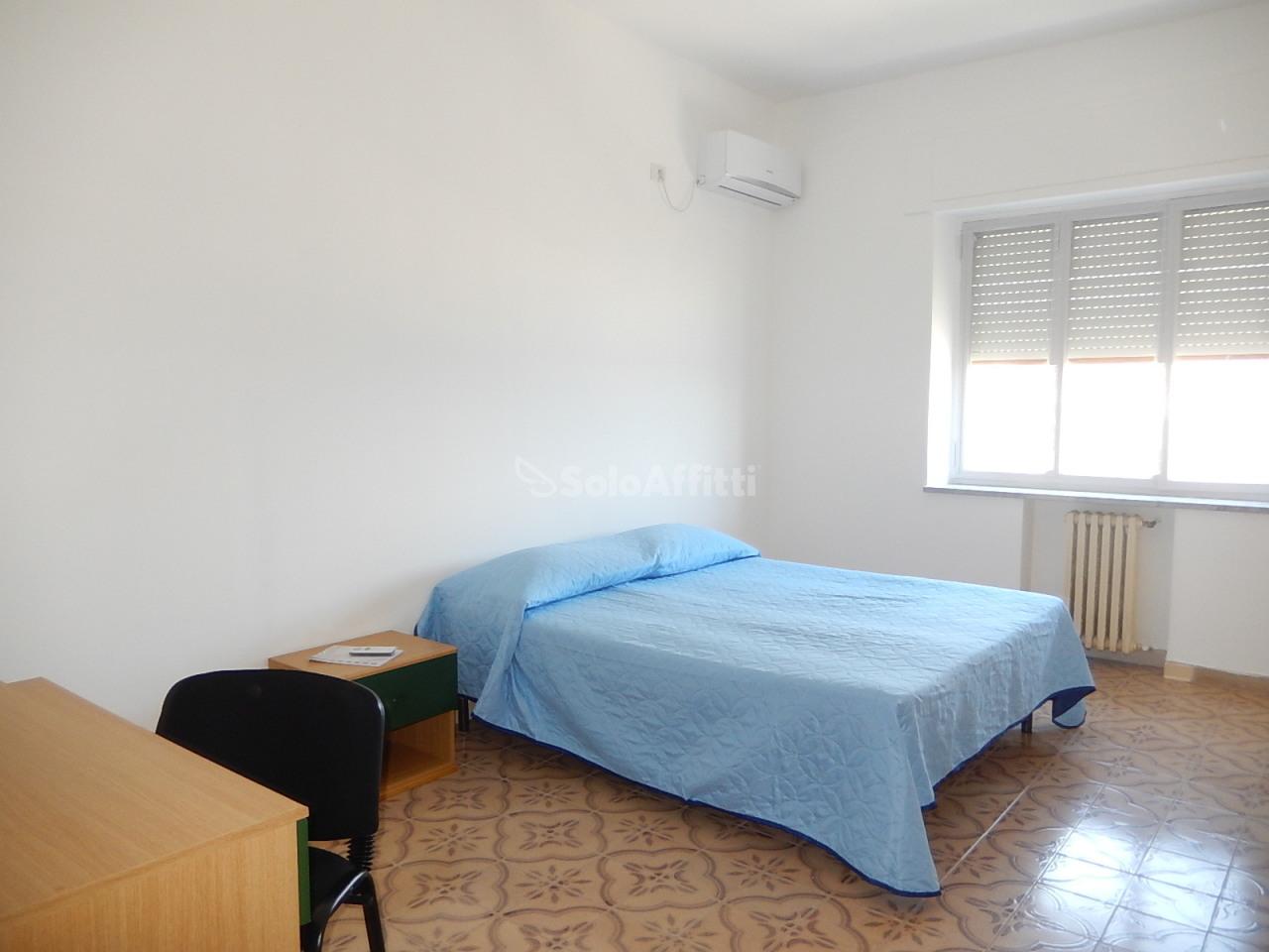 Appartamento, 150 Mq, Affitto - Catanzaro (Catanzaro)