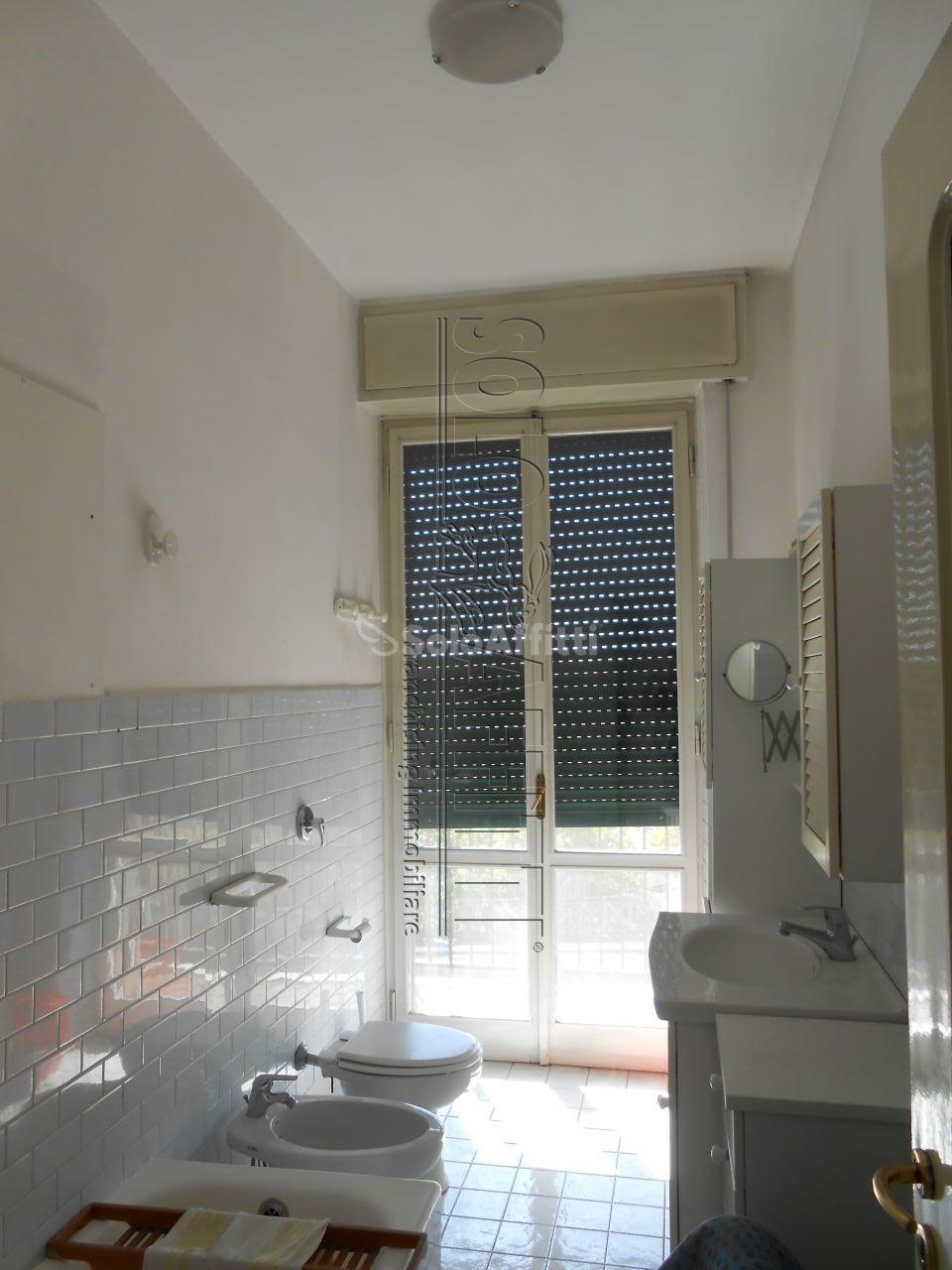 Bilocale Pavia Via Trieste 8