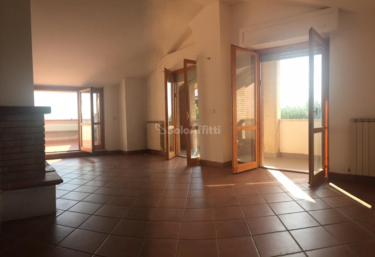 affitto appartamento perugia 4 80  500 €