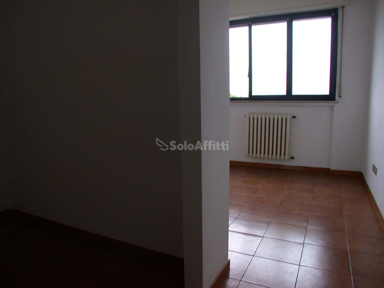 Bilocale Fano Via Goldoni 5