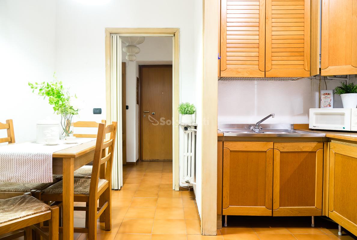 Affitto appartamento monolocale arredato 50 mq for Monolocale arredato milano