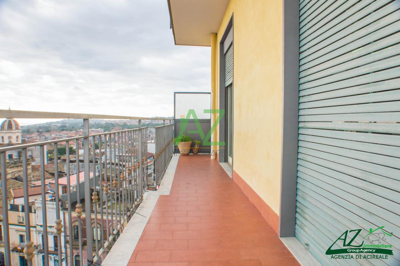 Appartamento in vendita a Aci Catena, 4 locali, prezzo € 105.000 | Cambio Casa.it