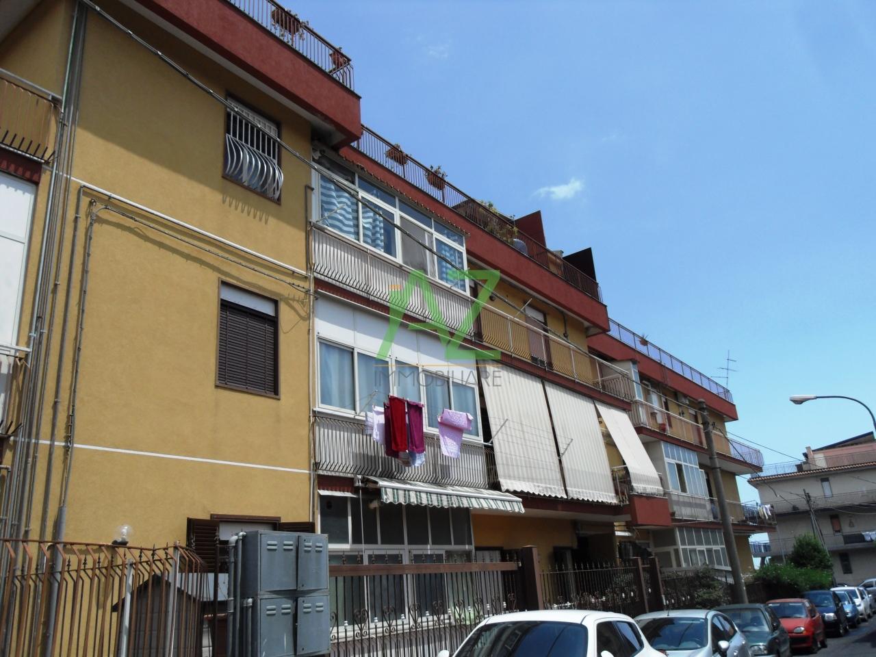 vendita appartamento mascalucia   125000 euro  35 locali  90 mq