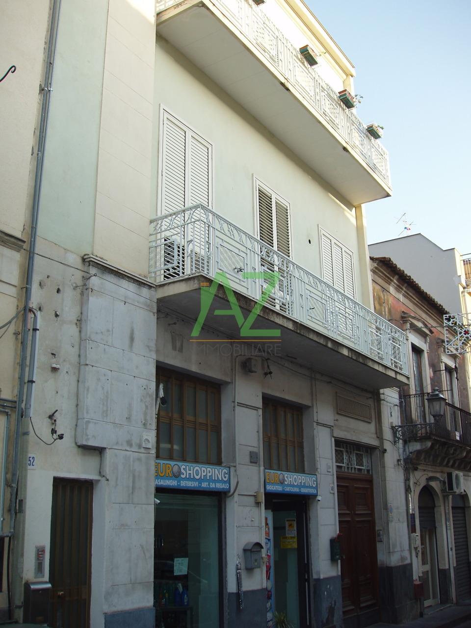 Ufficio / Studio in affitto a Misterbianco, 3 locali, prezzo € 300 | Cambio Casa.it