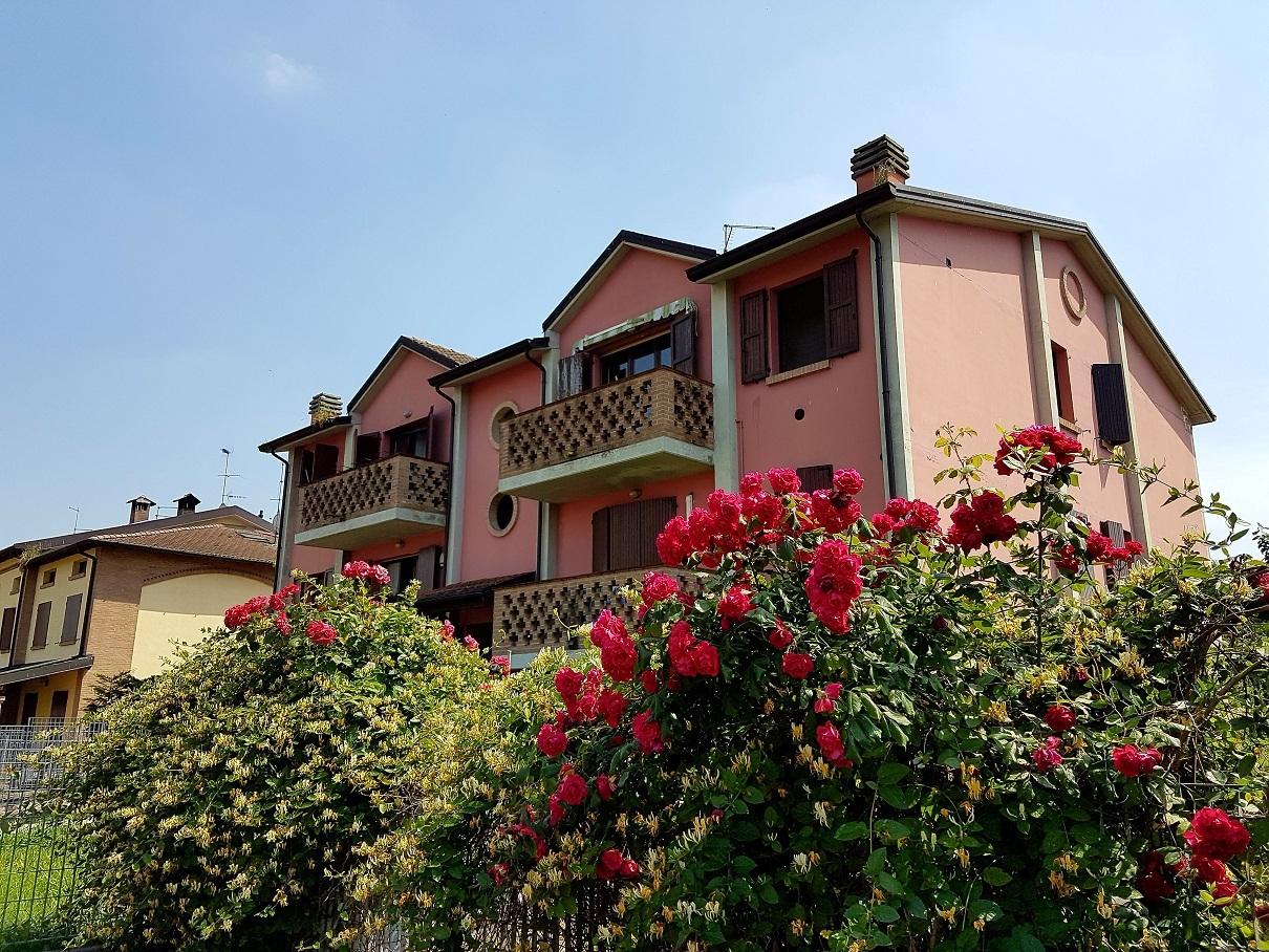 Appartamento in vendita a Sissa-Trecasali, 3 locali, prezzo € 75.000 | Cambio Casa.it