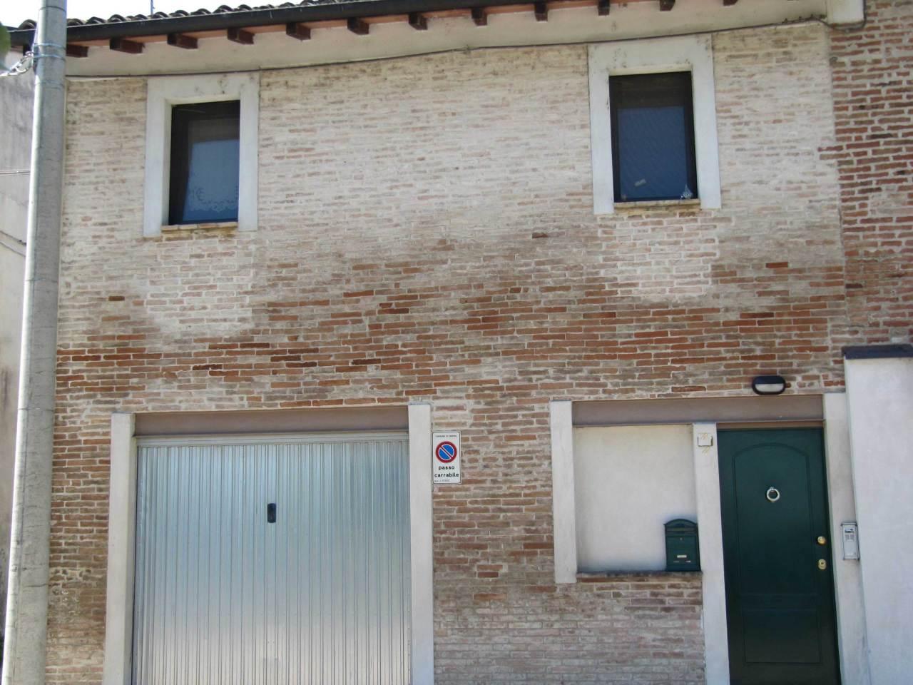 Bilocale Parma Via Case Vecchie 11