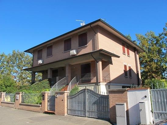 Soluzione Indipendente in vendita a Sissa-Trecasali, 6 locali, prezzo € 248.000 | Cambio Casa.it