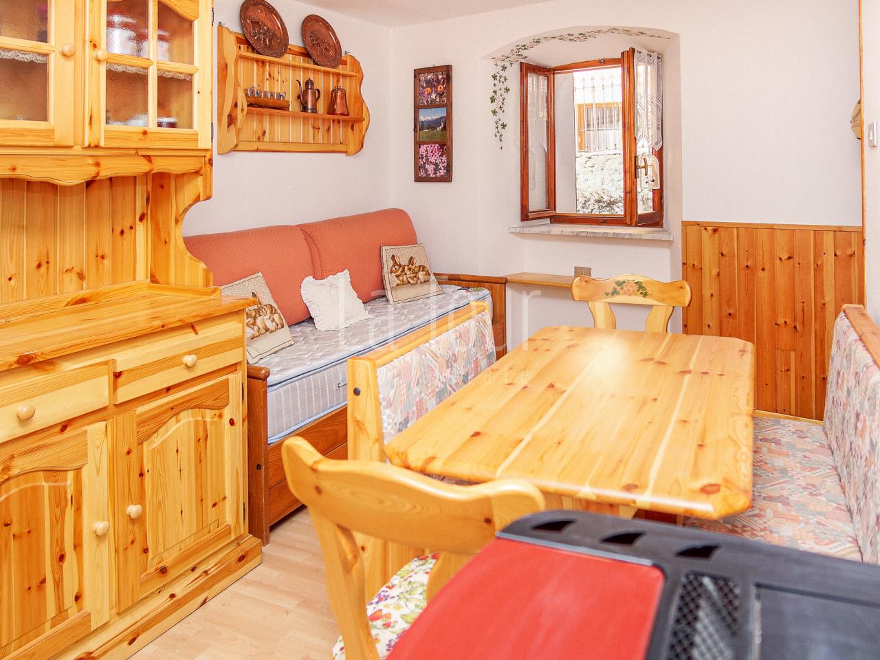 Appartamento in vendita a Saint-nicolas (AO)